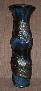 vase 14 in blue draped.jpg (12720 bytes)